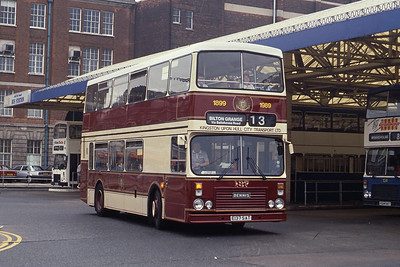 KHCT 137 Hull Central Bus Stn Sep 89