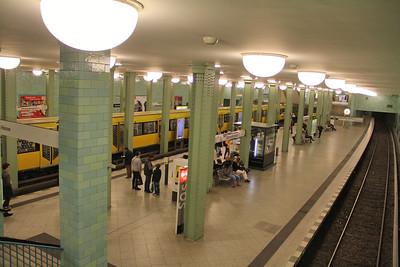 BVG Alexanderplatz Bahnhof General Scene Apr 16